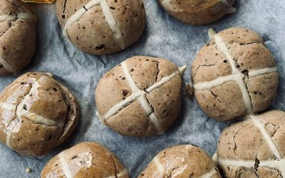 Vegan Hot Cross Buns